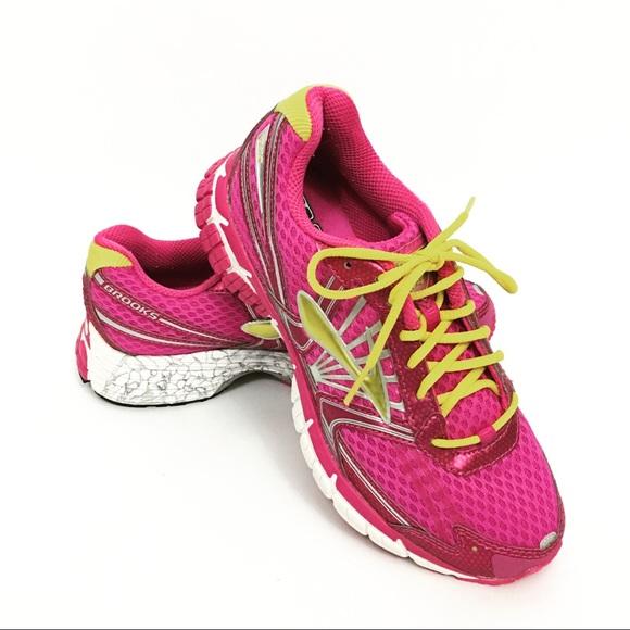 Brooks Shoes | Girls Running Size 4